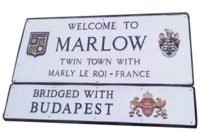 marlow-sign